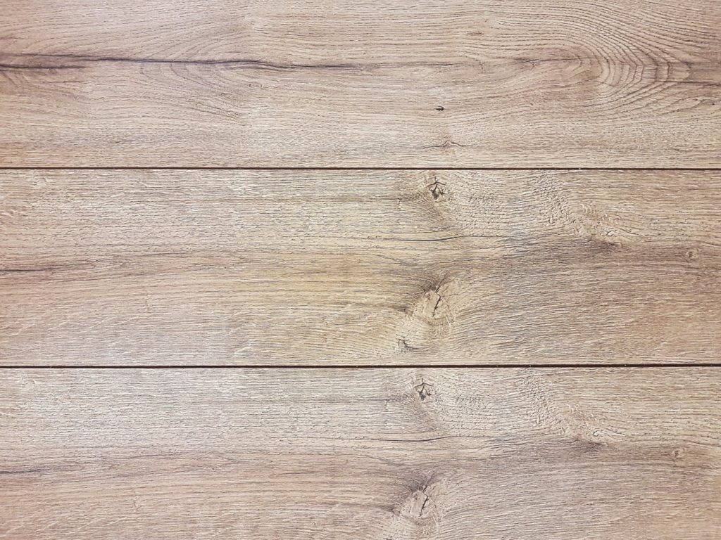 grenen vloer aanleggen waarop letten